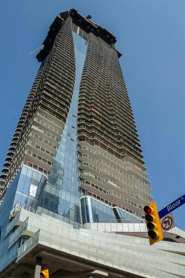 http://www.hariripontarini.com/wp-content/uploads/2015/06/One-Bloor-Urban-Toronto-26-Floor-Project-update.jpg